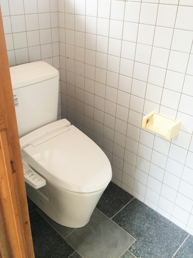 外トイレのリフォーム